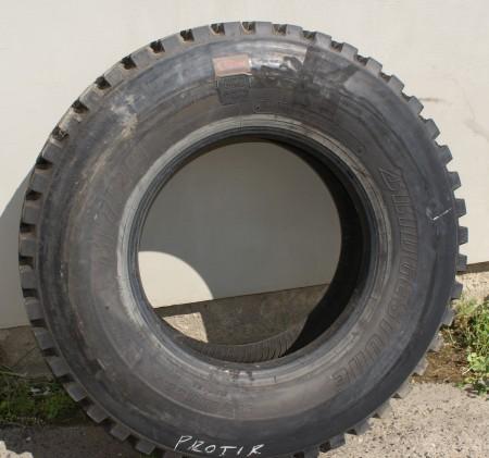 BRIDGESTONE M729 315/80 R22,5 (protektor)