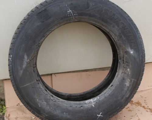 MICHELIN XDN GRIP 295/60 R22,5 (protektor)